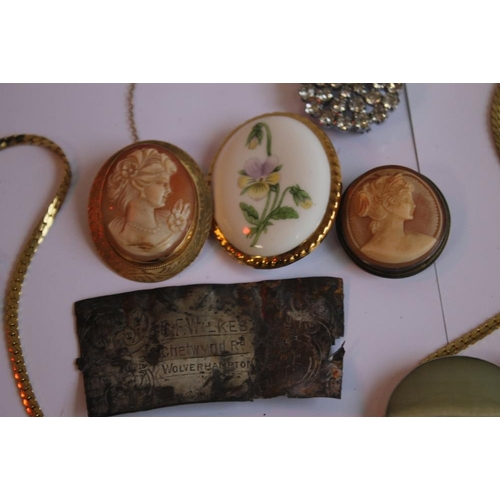 2 - A YELLOW METAL CAMEO BROOCH and a quantity of assorted costume jewellery