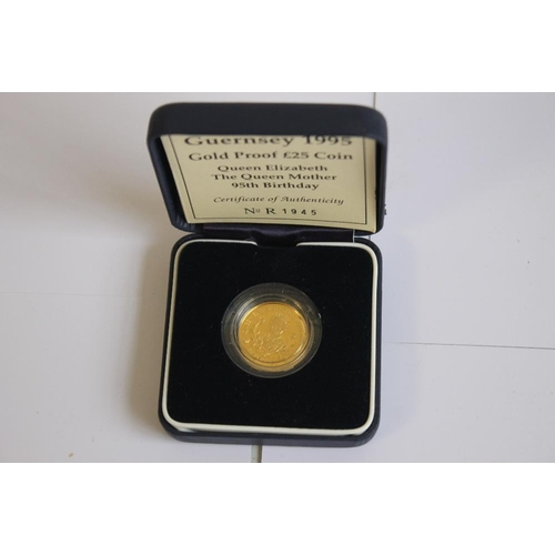 55 - GUERNSEY 1995 GOLD PROOF £25 in case with certificate of authenticity