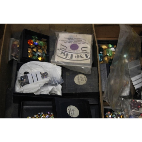 15 - A TRAY OF COSTUME JEWELLERY MAKING ACCESSORIES to include stones