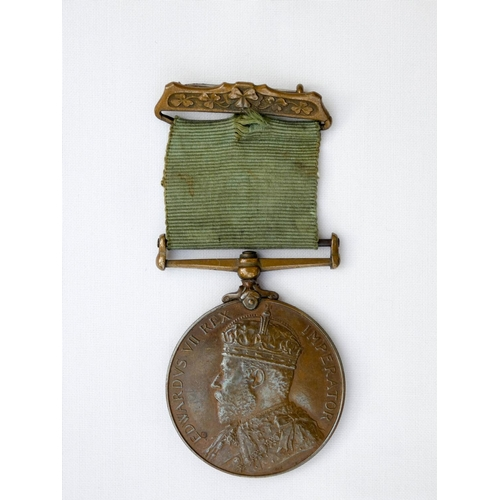 508 - Edward VII visit to Ireland in 1903, bronze medal with original ribbon and suspension brooch, awarde...