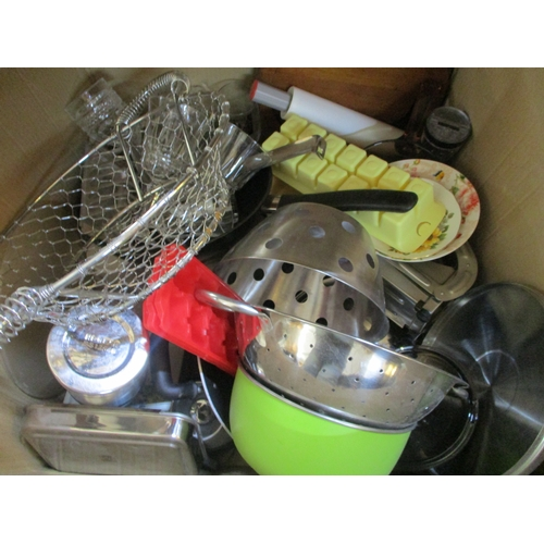 20 - Box of Assorted Kitchen Items...
