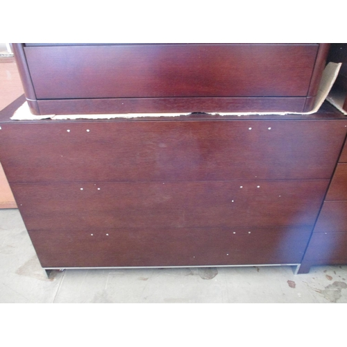 30 - Modern Dark Wood 3 - Drawer Chest of Drawers ***NO RESERVE***...