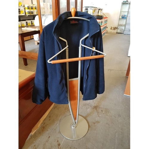 25 - Floor Standing Clothes Hanger ***NO RESERVE***...