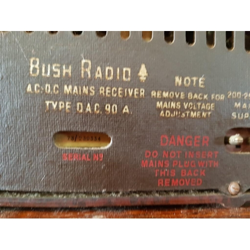 13 - Vintage Bush Bakelite Radio, Type DAC.90A, Serial 73/230334...