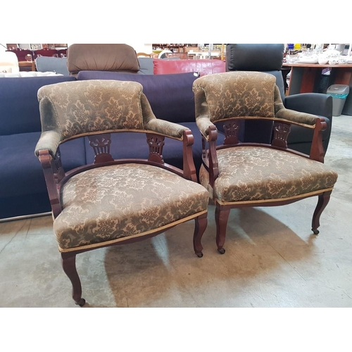 36 - Pair of Edwardian Upholstered Armchairs with Green Fabric, Carved Wood Frame and Cabriole Legs with ...