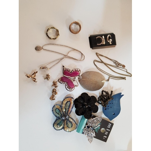 23 - Collection of Elegant Costume Jewellery (Earrings) Rings, Brooches in Harrods Biscuit Tin...