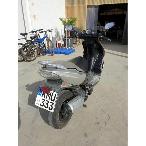 32 - Peugeot Speed Flight, 100cc Motorbike, Road Tax Valid until End of Dec 2020...