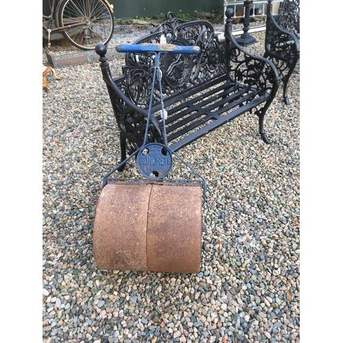 1336 - C19th. Garden roller....