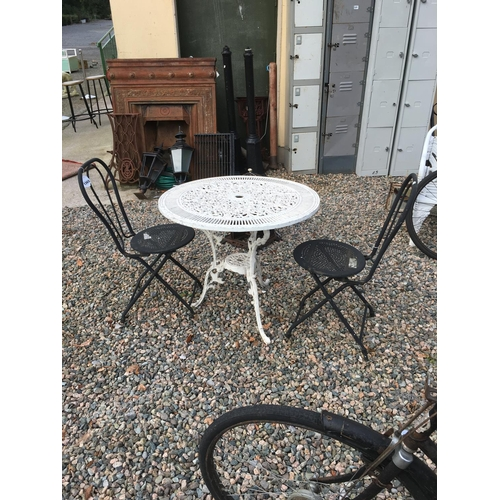 1365 - Aluminium garden table with two chairs....