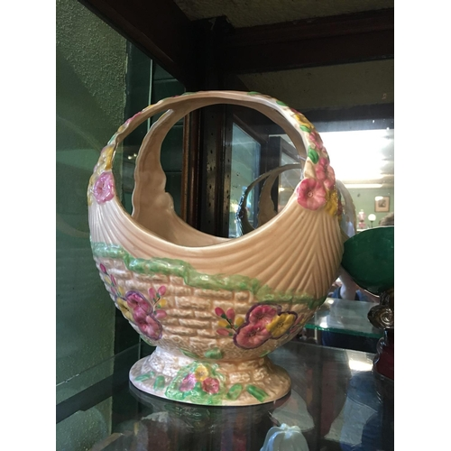 472 - 1950's ceramic flower basket....