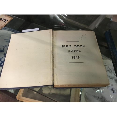 663 - ULSTER TRANSPORT AUTHORITY RULE BOOK { RAILWAYS } 1949....