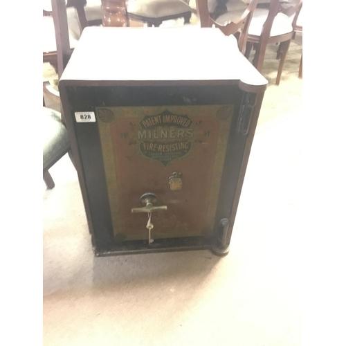 828 - Victorian safe....