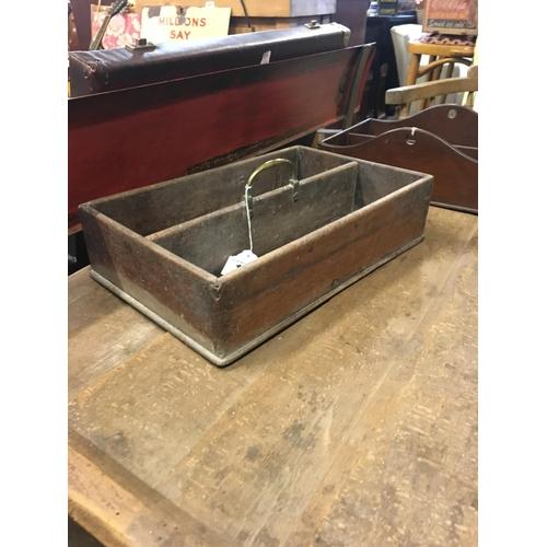 196 - Georgian mahogany cutlery box with brass handle....