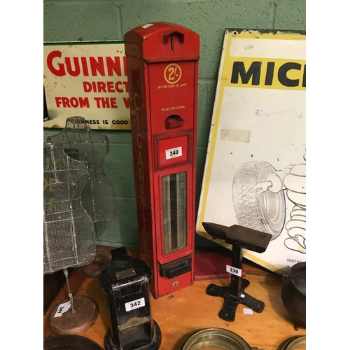 340 - 1960's cigarette dispenser....