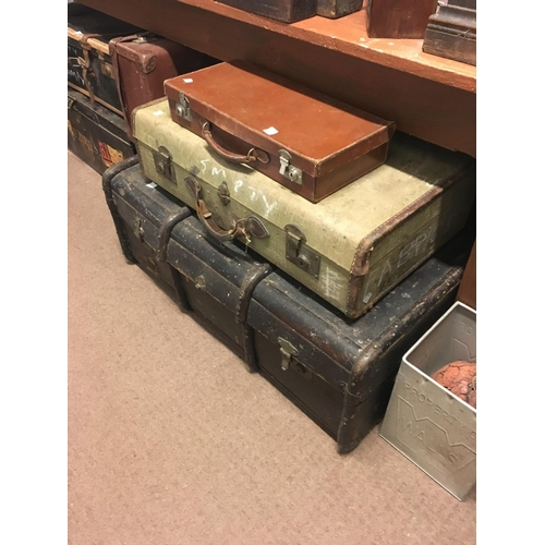 83 - Collection of three luggage suitcases....