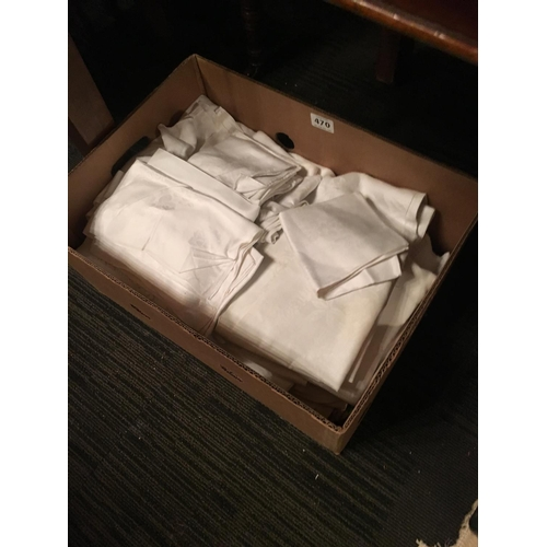 470 - Box of Llinen....