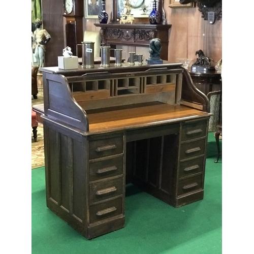 41 - Ex Dylan Hotel American oak roll top desk 47''W x 26'' D x...