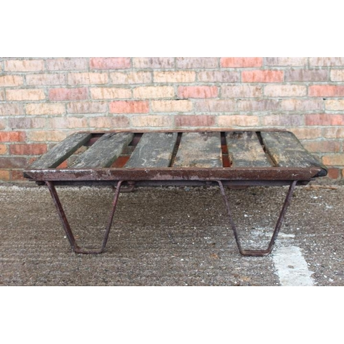 225 - Industrial metal and wooden pallet....