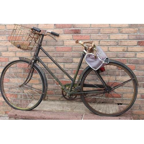 80 - Vintage ladies bicycle....
