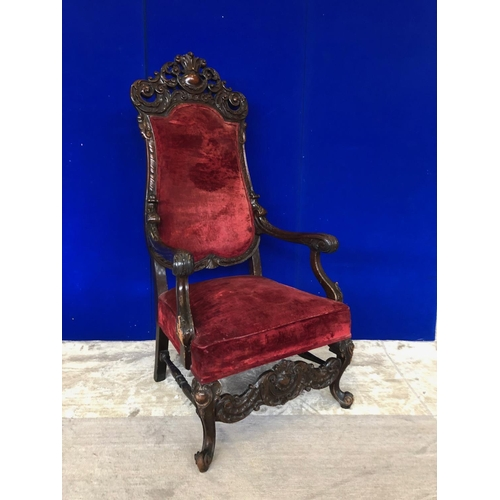 34 - Fine Victorian style throne chair, in mahogany W 70 H 140 D 70...