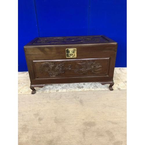 41 - Asian design lift top trunk with sliding drawer interior and brass clasp lock W 103 H 62 D 58...