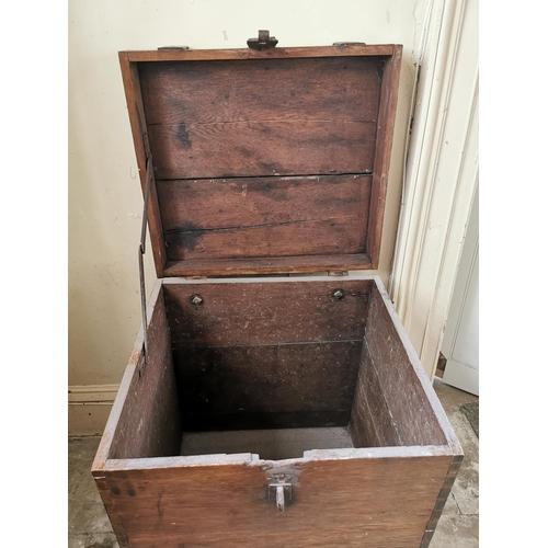 14 - Exceptional quality early 19th C. oak metal bound Estate trunk {73 cm H x 62 cm W x 56 cm D}.