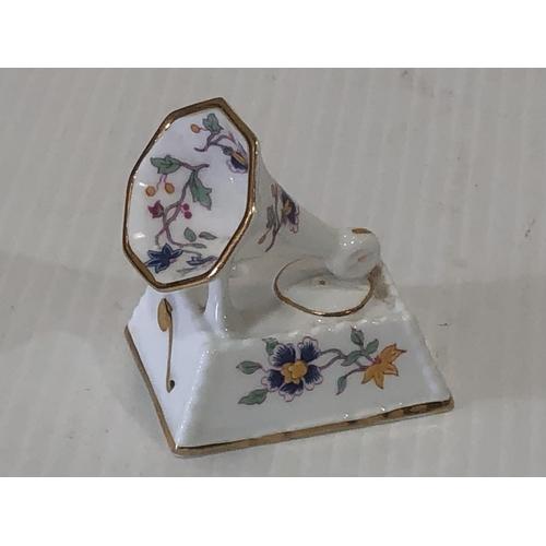 35 - box of mixed pottery items...