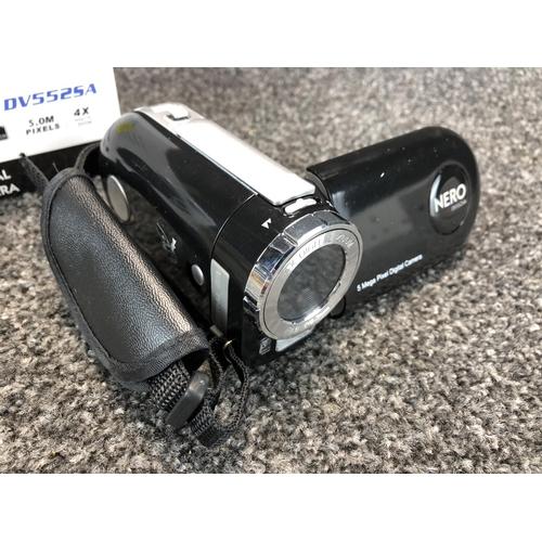 19 - 'GIANI' dv5525a Nero digital camera...