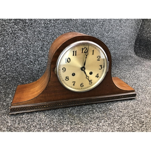 12 - Large chiming vintage mantle clock with key 24cm T...