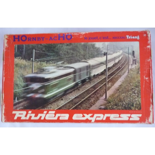 HORNBY-ACHO (Meccano-Triang) 6108 Riviera Express boxed set (very rare), to include CC7121 Electric Loco, Tee coaches x5 (4 have lights fitted – 1 unlit but has lighting kit included), plus track, transformer, etc. Excellent to Mint with wear to box edges.