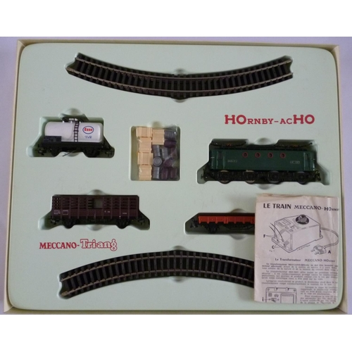 HORNBY-ACHO (Meccano-Hornby) 6136 Goods Train set (short production run). Excellent to Mint in a Good-Very Good Box.