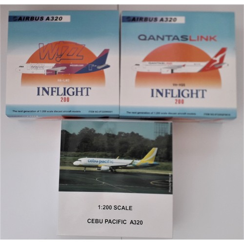 """27 - INFLIGHT 200 1:200TH scale Aircraft to include Airbus A320 """"Wizz Air"""", Airbus A320 """"Quantas Link"""" an..."""