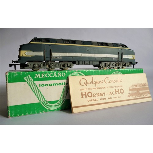 47 - HORNBY ACHO 634 Co Co Diesel Loco. Excellent to Near Mint inc. Green Box with instructions....