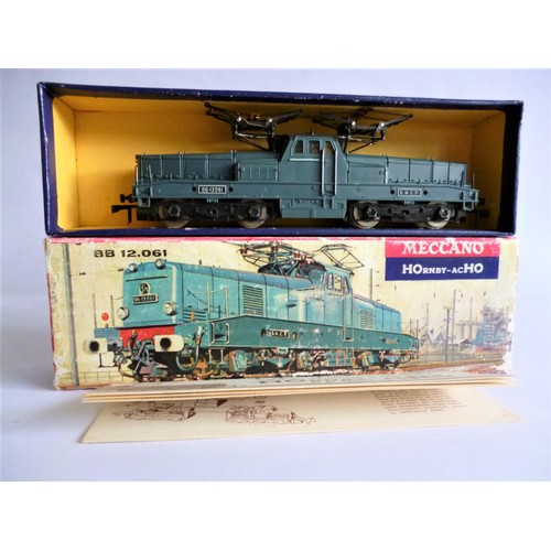 52 - HORNBY ACHO 6390 BB12.061 Centre Cab Electric Loco in blue livery. Excellent including Picture Box w...