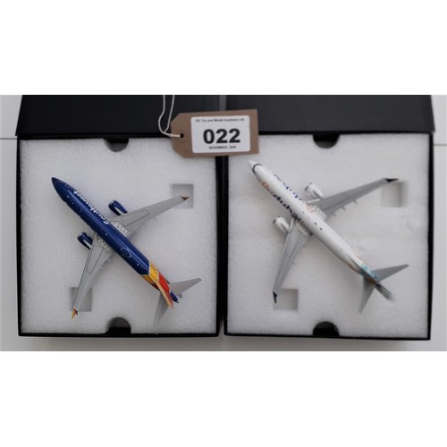 """22 - GEMINI '200' AIRCRAFT.1:200TH scale. Boeing 737 Max 8 """"Fly Dubai"""" and Boeing 737 Max 8 """"Southwest"""". ..."""