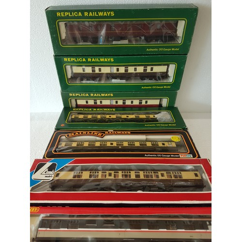 56 - REPLICA / MAINLINE / HORNBY etc, Various Coaches, liveries are WR Brown & Cream, BR Maroon/Blood-Cus...