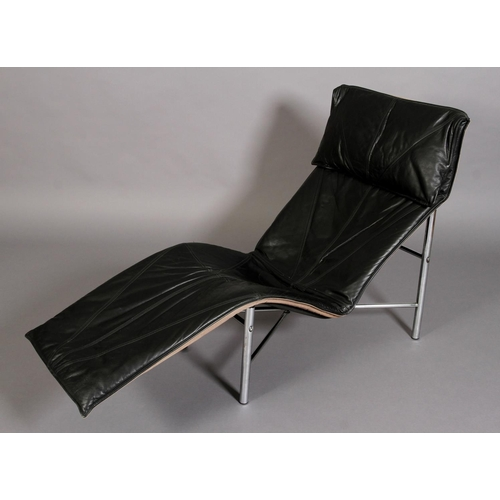 44 - Tord Bjorklund, c.1980s, a 'Skye' chaise longue in black leather with chrome tubular frame...
