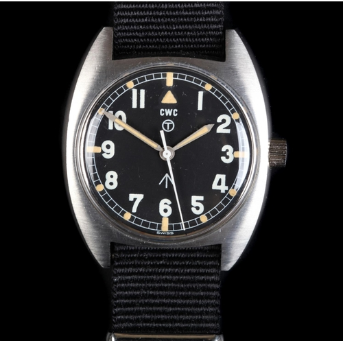 15B - A CWC gentleman's military issue stainless steel wristwatch, c.1976, manual jewel lever movement, bl...
