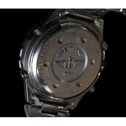 36 - A Breitling gentleman's Jupiter Pilot Novitimer Chronograph, stainless steel case Model A59028 quart...