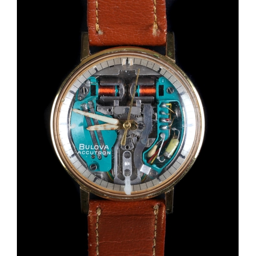 39 - A Bulova gentleman's Spaceview Accutron rolled gold wristwatch c.1970s exposed battery tuning fork m...