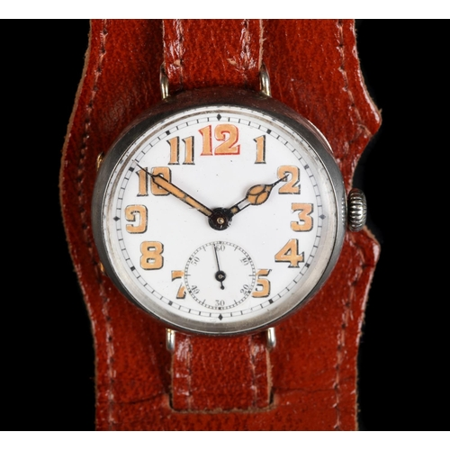 4 - A WWI French gentleman's silver cased wristwatch, manual, 15 jewel lever Swiss movement, London impo...