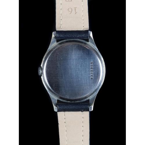 52 - A Doxa gentleman's stainless steel wristwatch c.1945 manual jewel lever movement, black dial luminou...
