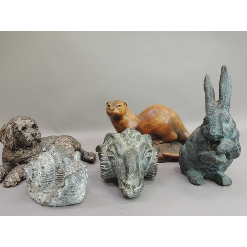 21 - A Wildlife Studio Hexham otter study, 20cm wide; together with a Frith sculpture resin model of a do...