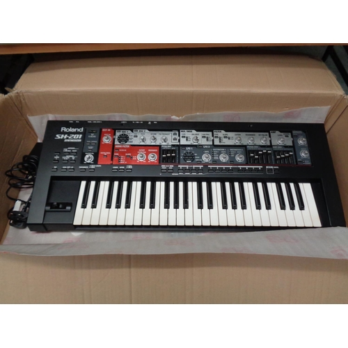 Roland SH-201 Synthesizer - Boxed in good working order