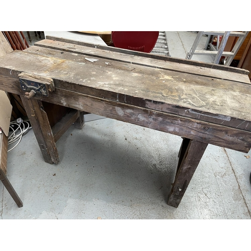 170 - WORKBENCH WITH WODEN VICE (54