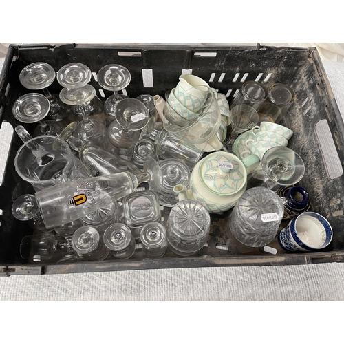 70 - MIXED GLASSWARE & 15 PIECE FOLEY TEA SET