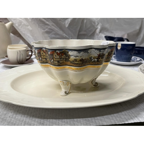 18 - VINTAGE TEA SETS INC CARLTONWARE & ALFRED MEAKIN PLATES
