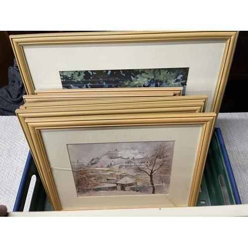 44 - LARGE COLLECTION OF FRAMED PRINTS/ARTWORK