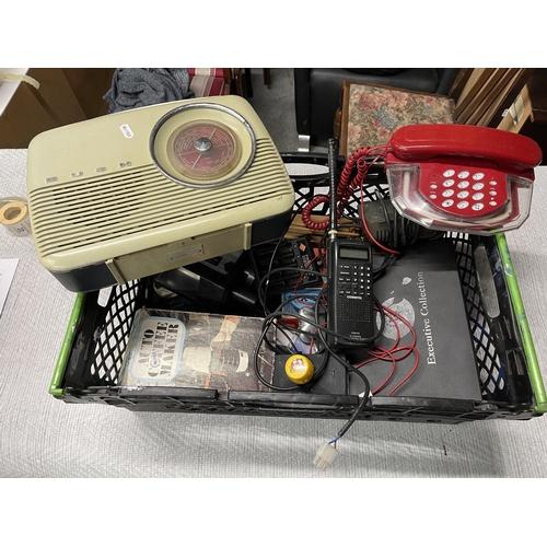 5 - ASSORTED ELECTRICALS INC RETRO BUSH RADIO