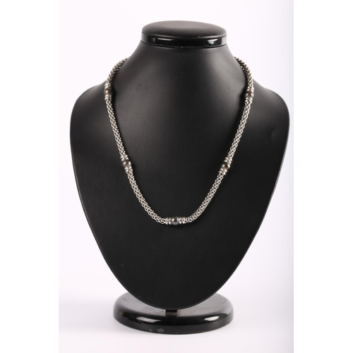 AN 18CT WHITE GOLD FANCY LINK PEARL NECKLACE